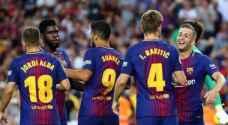 سواريز يغيب عن برشلونة لمدة شهر