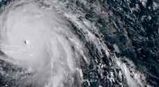 الاعصار ايرما يشتد ويبدأ باجتياح كوبا