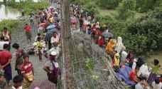 ٣١٣ الفا من الروهينغا فروا من بورما الى بنغلادش منذ ٢٥ آب