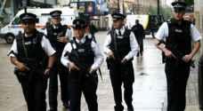 بريطانيا تتهم ٣ بينهم جنديان بالإرهاب