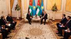 تفاصيل مباحثات الملك مع الرئيس الكازاخستاني.. صور