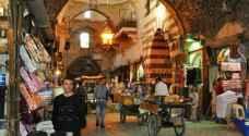 الحياة تعود لسوق حلب بعد دمار الحرب