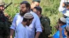 اصابة فلسطيني خلال اقتحام مستوطنين لقرية بيتا بنابلس