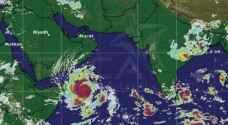 """سلطنة عمان تستعد لمواجهة الاعصار """"ميكونو"""""""