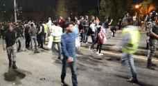 تنظيف مكان اعتصام الرابع بعد انتهائه .. صور