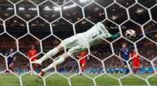 حراس مرمى تألقوا في ربع نهائي كأس العالم