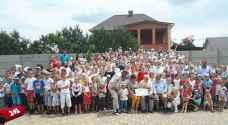 """أوكراني يستعد لدخول """"غينيس"""" بأكبر عائلة في العالم"""