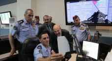 """الرزاز يتواصل مع مواطن من خلال خدمة الصم والبكم في """"الأمن العام"""""""