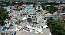 إندونيسيا تطالب بمساعدة دولية بعد الزلزال والتسونامي