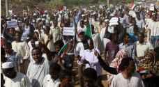 تجدد الاحتجاجات في السودان وهدوء في الخرطوم