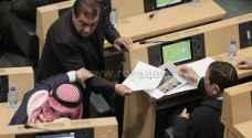 النائب فواز الزعبي غاضباً : الفيسبوك دمر الدولة الأردنية - فيديو وصور