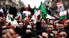تواصل الاحتجاجات في الجزائر رغم وعود بوتفليقة