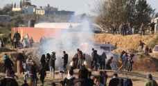 شهيد فلسطيني وعشرات المصابين برصاص الاحتلال في غزة