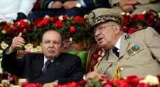 الجيش الجزائري يجدد طلبه بتفعيل المادة 102 من الدستور