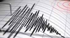 """تحذير من """"تسونامي"""" بعد زلزال بقوة 6.8 درجات في إندونيسيا"""