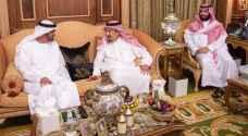 العاهل السعودي يستقبل ولي عهد ابوظبي وسط الاضطرابات في السودان