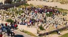 الأردنيون يشيعون جثامين الأطفال الـ 6 في اربد - فيديو وصور