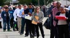 نمو الوظائف الأمريكية يقفز والبطالة تنزل إلى 3.6%
