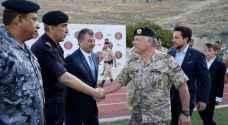 الملك يحضر مأدبة إفطار القوات المسلحة - صور