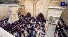 توتر في المسجد الأقصى عقب قرار الاحتلال منع الاعتكاف فيه خلال الشهر الفضيل - فيديو
