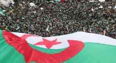 الرئيس الانتقالي يدعو الجزائريين إلى الحوار