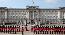 رعب في قصر الملكة إليزابيث في بريطانيا والسبب !
