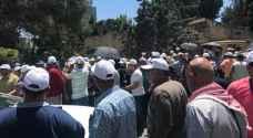 الادلاء السياحيون يعتصمون أمام وزارة السياحة