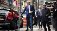 """انتقاد رئيس بلدية نيويورك بسبب """"تردده"""" أثناء انقطاع الكهرباء"""