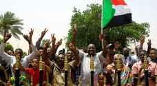 السودانيون يحتفلون السبت ببدء الانتقال إلى الحكم المدني
