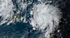 أمريكا: الاعصار دوريان يشتد وينتقل الى الفئة الرابعة