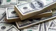 الدولار يقبع قرب مستويات مرتفعة