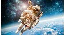 رحلة نسائية بالكامل إلى الفضاء