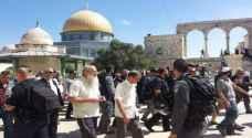 مستوطنون متطرفون يجددون اقتحام ساحات المسجد الأقصى