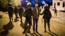 قوات الإحتلال تعتقل 15 فلسطينيا في الضفة الغربية
