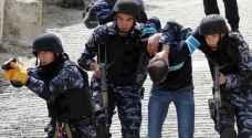 توقيف مسلحين هددوا حياة فلسطيني في نابلس