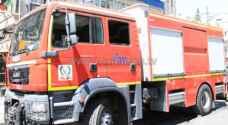 الدفاع المدني يخمد حريقا بمركبةفي نزول العارضة