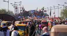 """معركة """"جسور بغداد"""" تحتدم بين الأمن ومتظاهري العراق"""