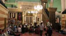 8 آلاف فلسطيني صلوا الفجر داخل المسجد الإبراهيمي في الخليل .. فيديو
