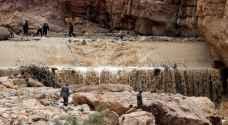 طقس العرب يحذر من احتمال تشكل السيول في الأودية المؤدية إلى البحر الميت خلال الساعات القادمة