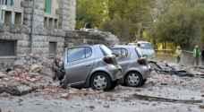 طائرات مسيرة وكلاب وآليات للبحث عن ضحايا زلزال ألبانيا