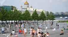 حر في موسكو والسكان يتساءلون: أين ذهب الشتاء!؟