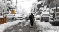 إغلاق المدارس وتأخير رحلات طيران في طهران جرّاء الثلوج