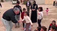 الملك يزور عائلتين في منطقة رحمة بوادي عربة- فيديو