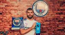اغويرو يحطم رقماً قياسياً بعد تتويجه بجائزة لاعب الشهر في الدوري الانجليزي
