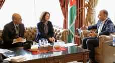 العضايلة يبحث مع السفيرة الفرنسية أوجه التعاون المشترك