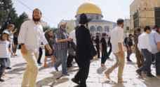 مستوطنون يقتحمون الاقصى بحراسة شرطة الاحتلال