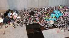 الجمارك تحبط تهريب 1600 سيجارة الكترونية - صور