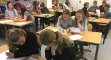 التلاميذ يعودون للمدارس في النرويج