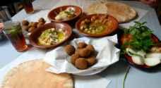 أصحاب المطاعم: السماح ببيع الحمص والمشاوي والمناقيش في المطاعم الشعبية