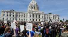 تجدد الاحتجاجات في الولايات المتحدة ومتظاهرون يطالبون برحيل ترمب